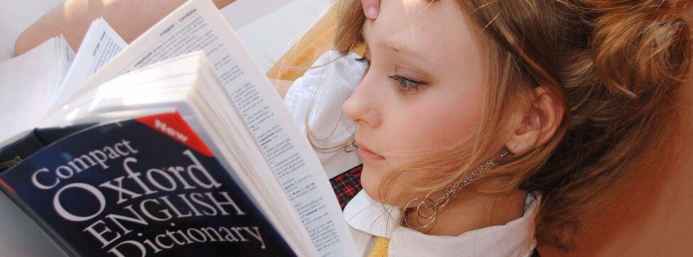 Aprender idiomas te hace más inteligente, saberlos no tanto